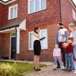 Buyers prefer brokers to have ample info on the borrowing process