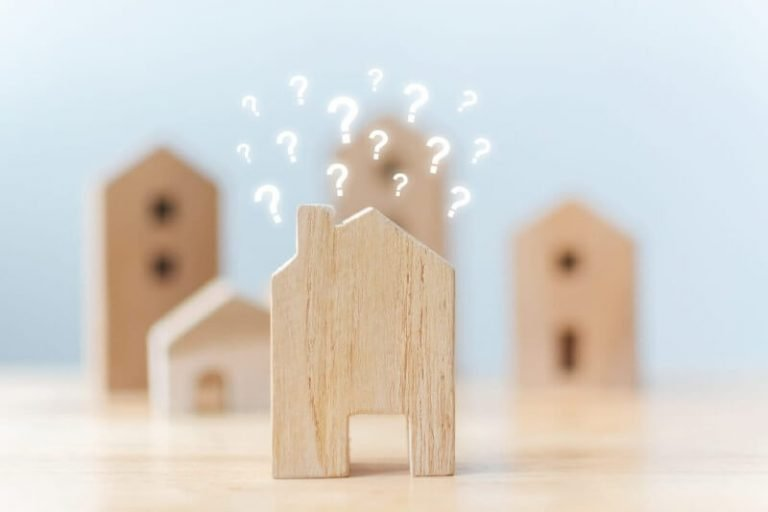 """National Housing Market Shows Signs of """"Moderate"""" Vulnerability, CMHC Says"""